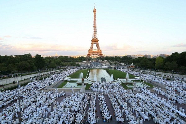 Diner En Blanc Sofitel Sweepstakes - Win A Trip