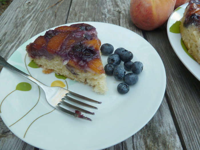 Blueberry Peach Upside Down Cake 4