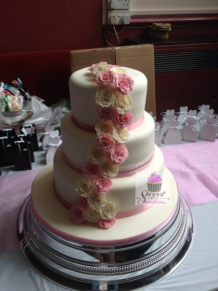 Classic Rose Wedding Cake