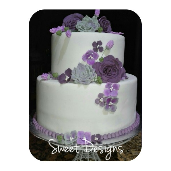 2Tier Wedding Cake with Flowers