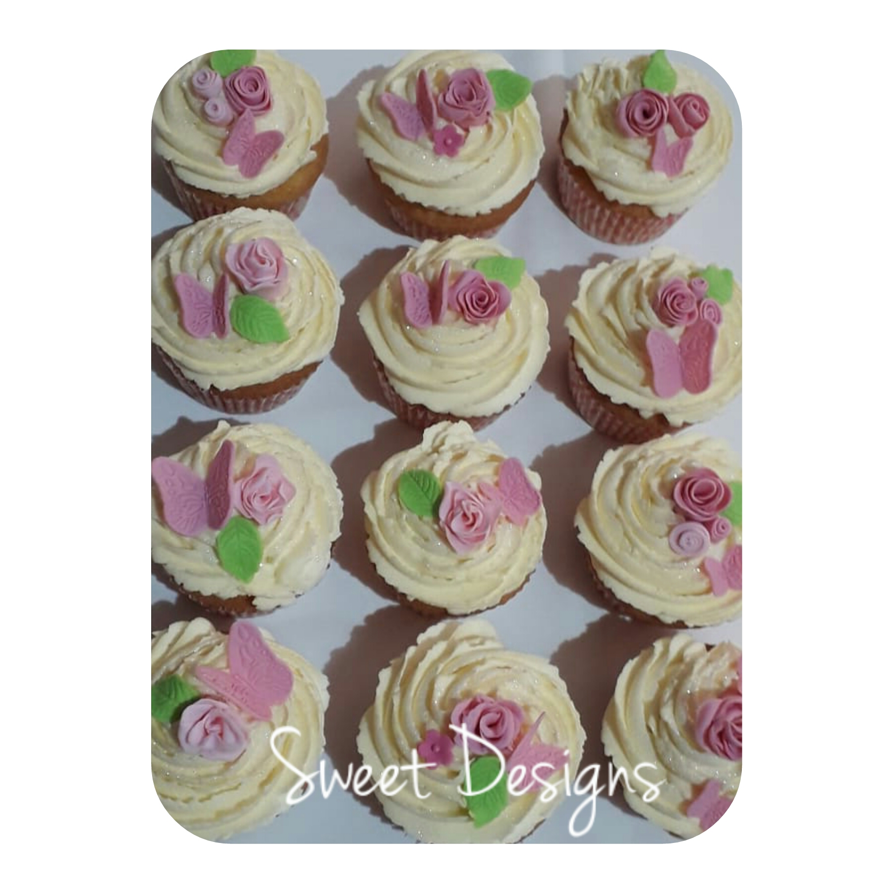 Cupcakes with Roses and Butterflies