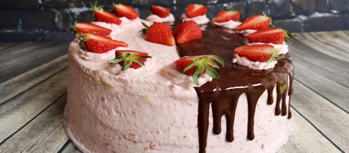 Erdbeer-Wickeltorte