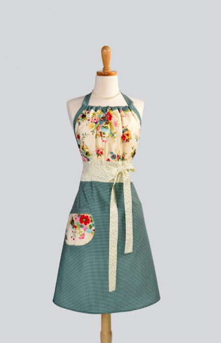 Cute Kitsch Houndstooth Apron by CreativeChics