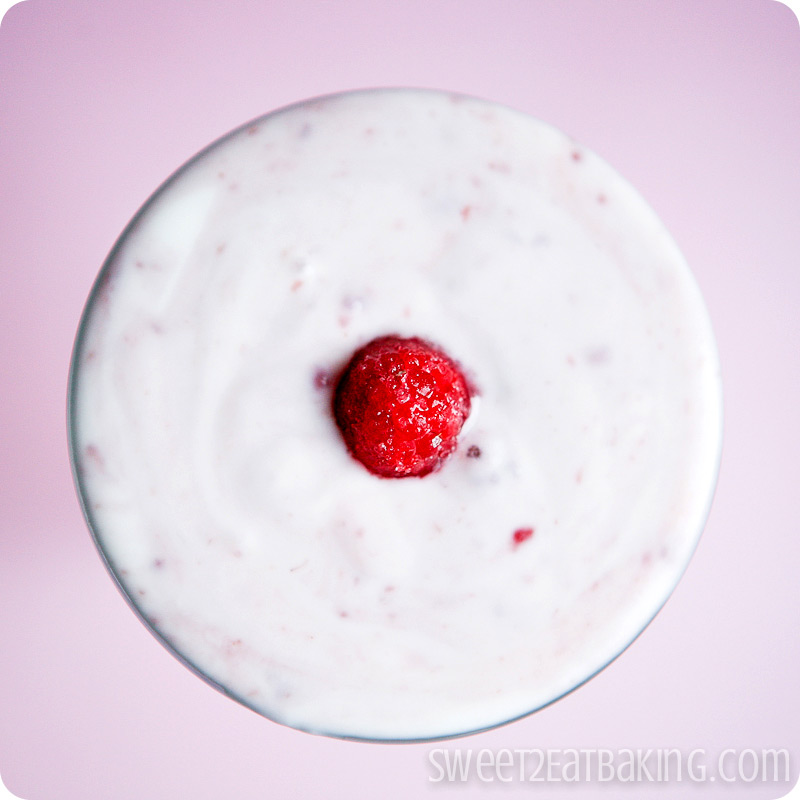 Quick Raspberry Yogurt Parfait Recipe by Sweet2EatBaking.com