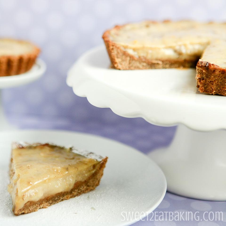 Banana Cream Pie Recipe with Banana Cookie Crust by Sweet2EatBaking.com