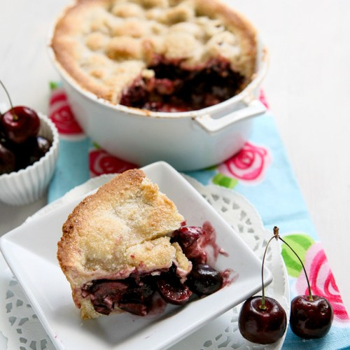 American Style Cherry Pie