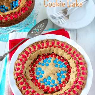 Brown Butter Captain America Chocolate Chip Cookie Cake | Sweet2EatBaking.com | #chocolatechips #cookie #cake #mms #recipe #baking