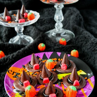 Chocolate Honeycomb Halloween Witches' Hats by Sweet2EatBaking.com