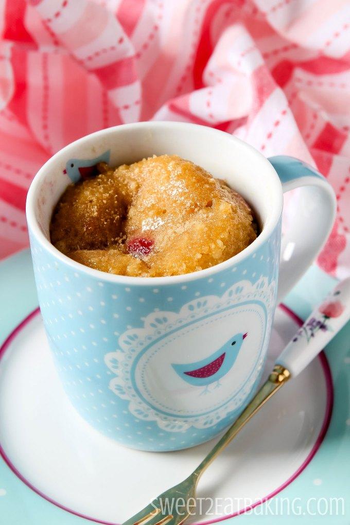 Raspberry & White Chocolate Mug Muffin Recipe by Sweet2EatBaking.com