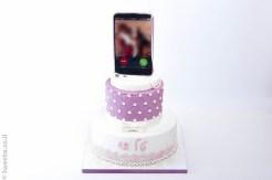 אייפון מעוצב בבצק סוכר בת מצווה