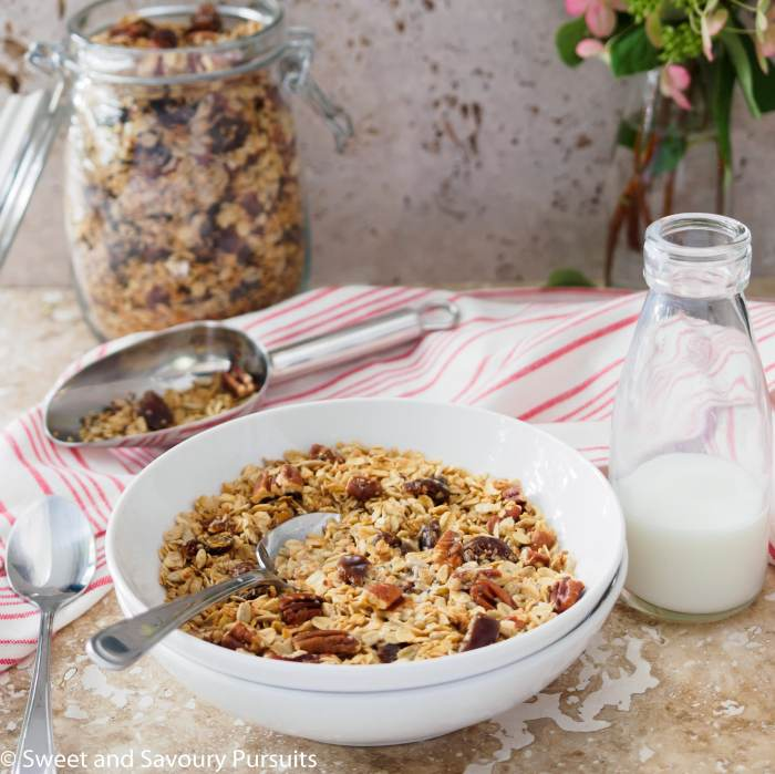 Homemade Maple Pecan Granola with Dates