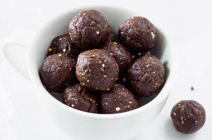 No Bake Brownie Energy Bites