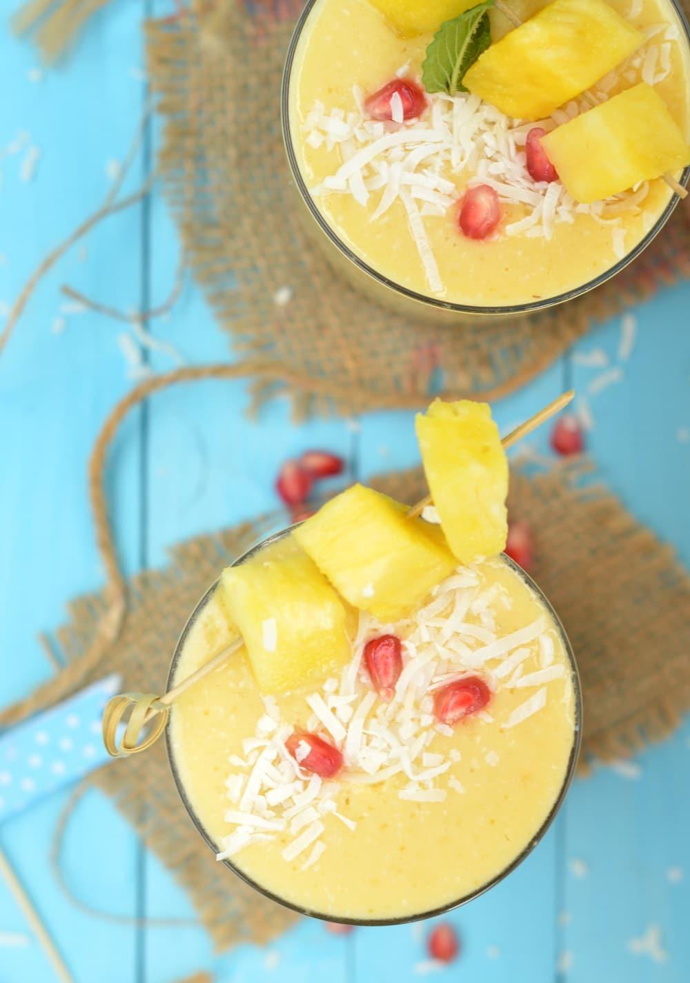 tropical smoothie mango pineapple