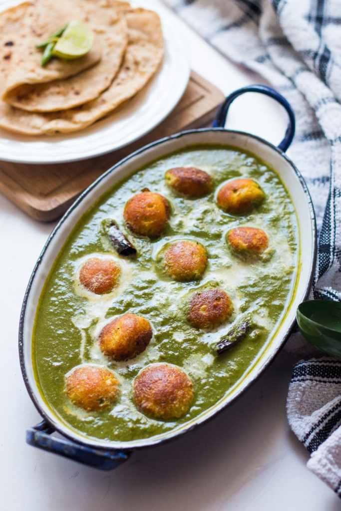 Paneer Kofta Spinach Curry