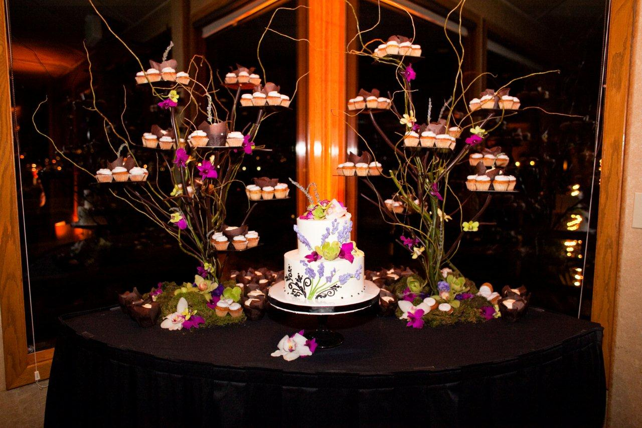San Diego Wedding Cakes LOVE Enticing Tables  Sweet