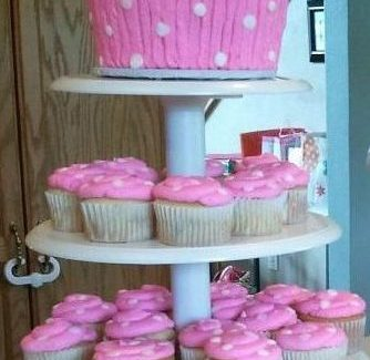 Giant Cupcake cake display
