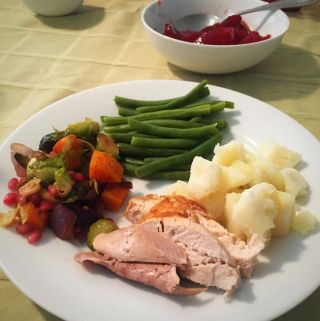 Five Ways To Stay Paleo During The Holidays