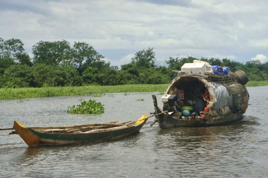 House boat, Tonlé Sap