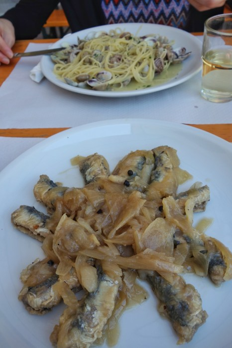 Sarde sabor (sardines with onion) and pasta con vongole (clams)
