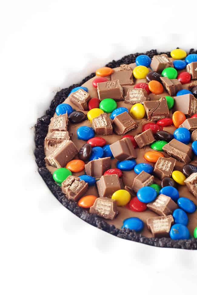 Candy Bar Chocolate Mousse Pie