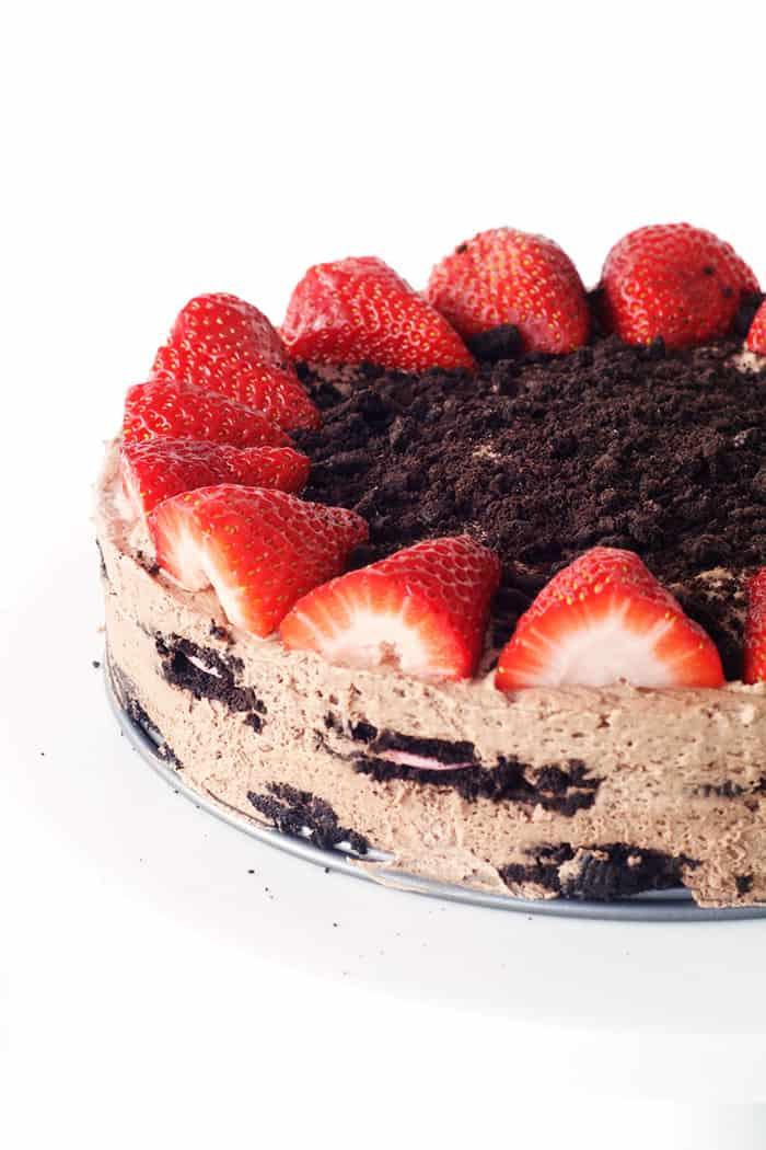 Strawberry Oreo Icebox Cake