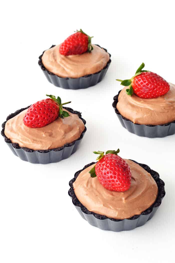 Mini Strawberry Nutella Mousse Pies