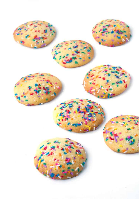 Sour Cream Cookies | via sweetestmenu.com