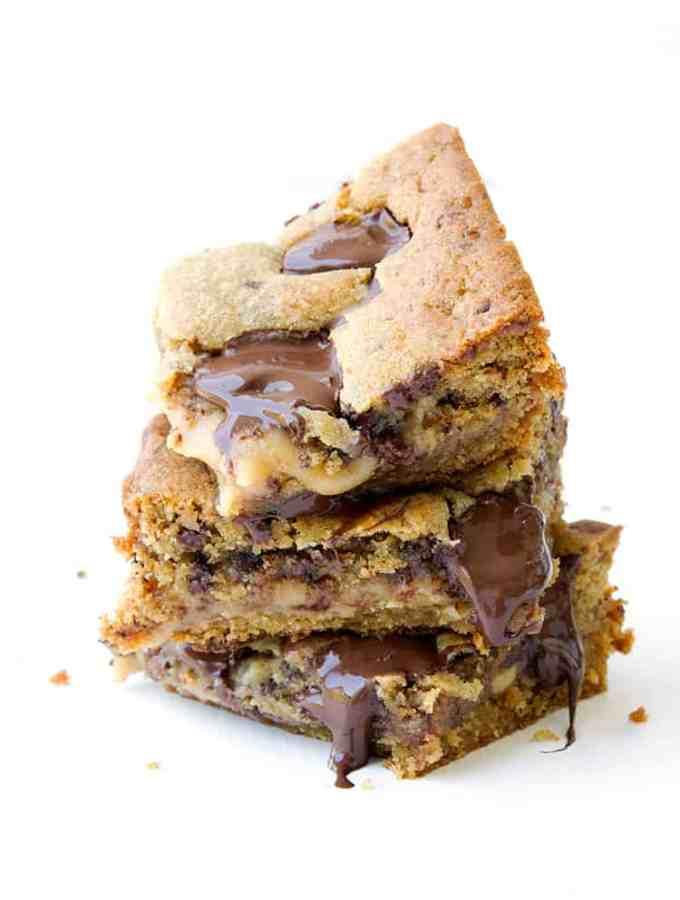 Caramel Stuffed Chocolate Chip Cookie Bars | Sweetest Menu
