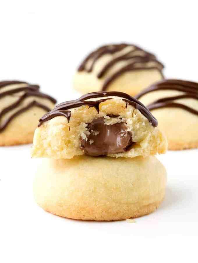 Chocolate Stuffed Shortbread Cookies | Sweetest Menu
