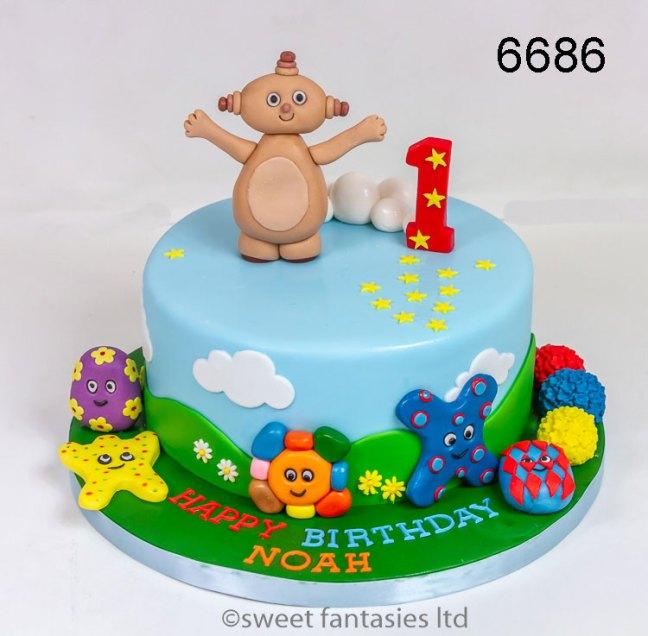 Boys 1st Birthday Cake with Makka Pakka & The Haahoos
