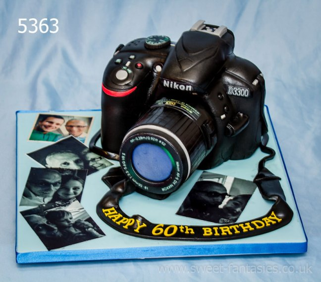 3D camera & photos birthday cake