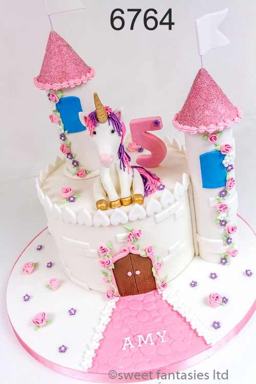 girls birthday cake - castle & unicorn