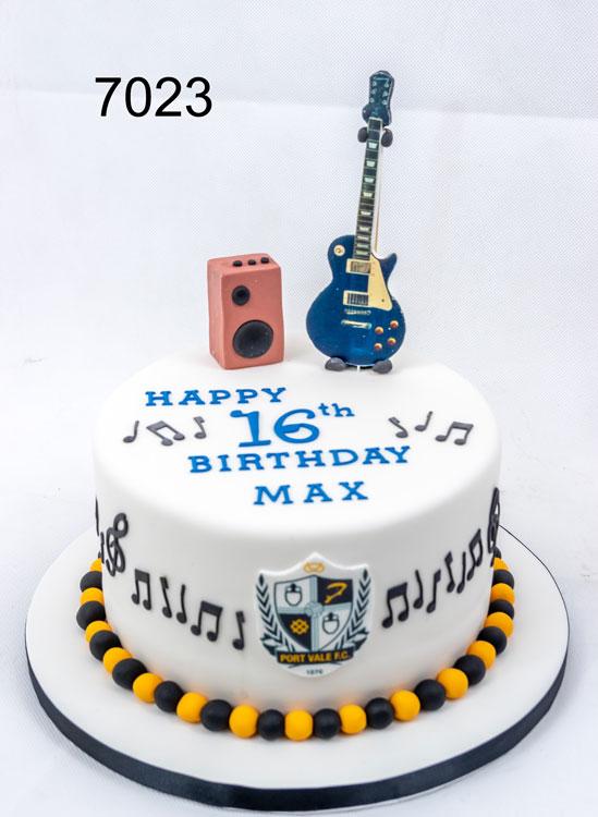 Guitar & anp - music cake - sweet fantasies