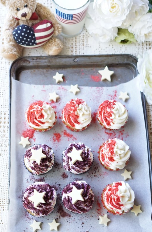 Healthy Red, White & Blue Cupcakes
