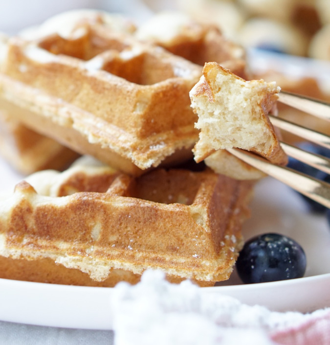 The Healthy Overnight Waffles that are low-calorie, all-natural, take only a few minutes to prepare and that ALWAYS, ALWAYS come out RIGHT!