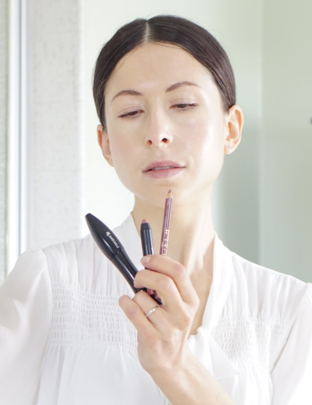 The Minimal Makeup To Showcase Your Natural Beauty
