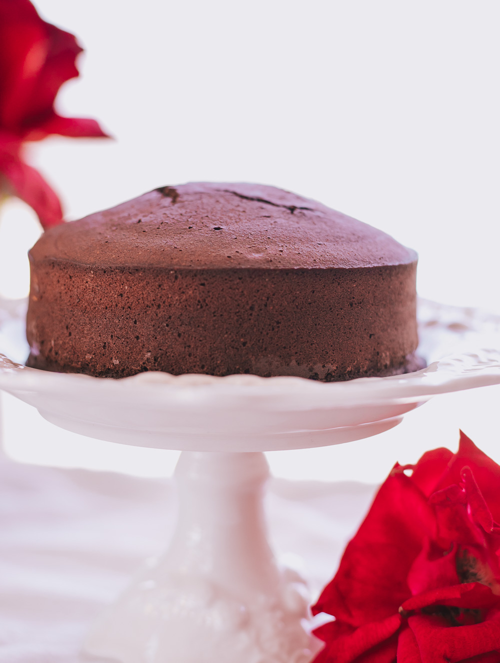 Healthy Low-Calorie Chocolate Cake