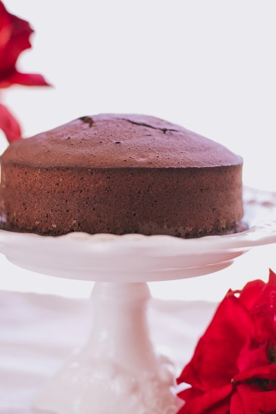 HEALTHY LOW-CALORIE CHOCOLATE CAKE RECIPE!
