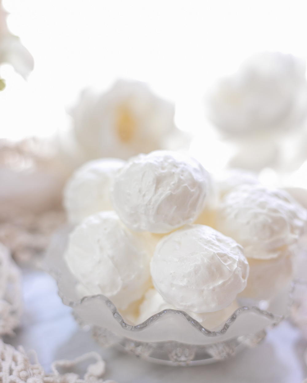 The Healthy Low-Sugar Meringue Cookies are made with half of the sugar that's usually needed to bake perfectly crispy and crunchy meringues! All-natural and indulgent, the Low-Sugar Meringues are higher in protein and significantly lower in sugar and calories than the traditional recipe!