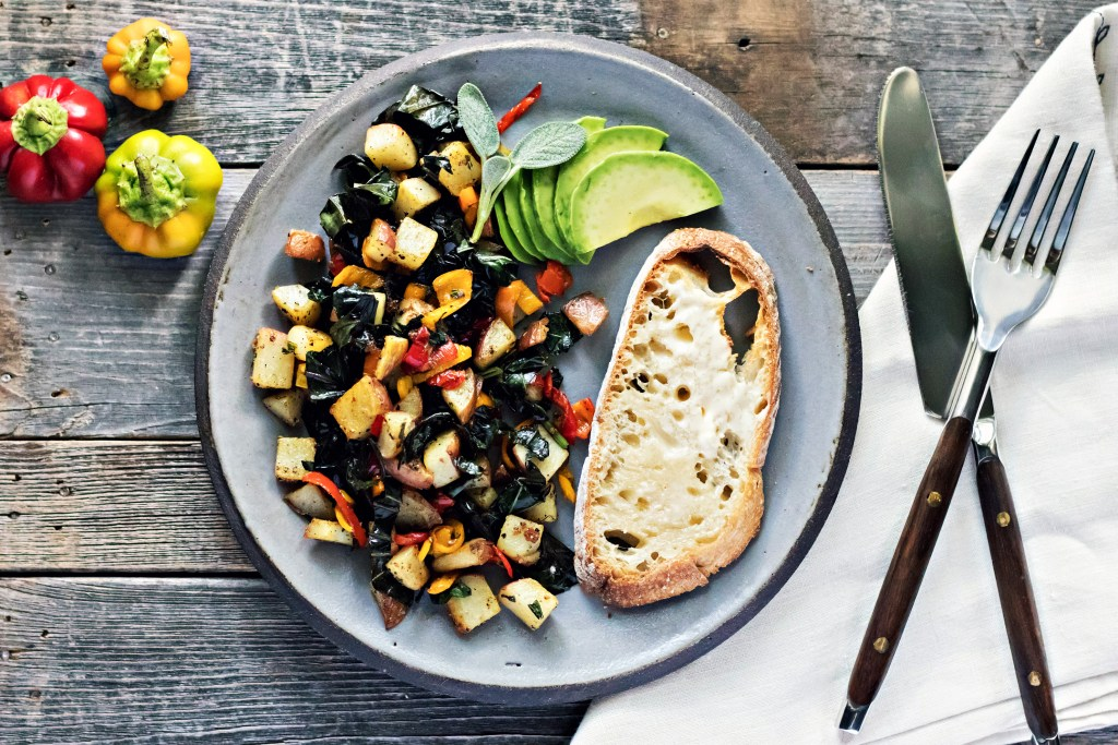 loam collaboration: late summer breakfast hash via sweet miscellany