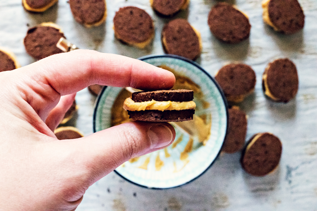 chocolate peanut butter faux-reos | plant based gluten free goodness via sweet miscellany