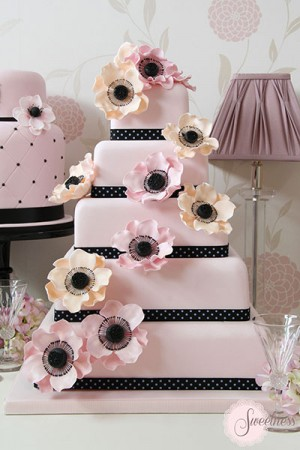 Pink Anemone wedding cake, Wedding cakes London