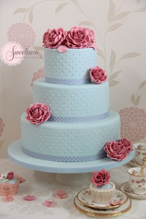 London Wedding Cakes, blue wedding cakes, vintage wedding cakes