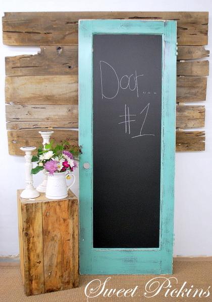 I have lots more old doors and lots more ideas! & Old Door \u003d Chalkboard | Sweet Pickins Furniture Pezcame.Com