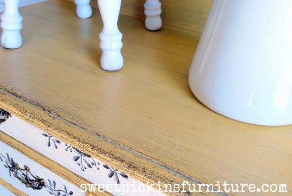 Sweet Pickins Milk Paint - Marigold and Light Cream 4