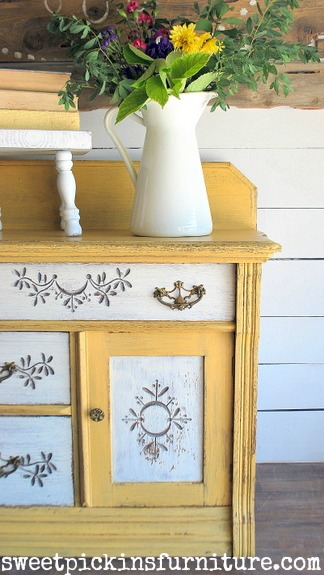 Sweet Pickins Milk Paint - Marigold and Light Cream 6