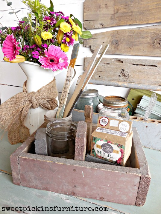 Sweet Pickins Milk Paint - mixing tutorial 1