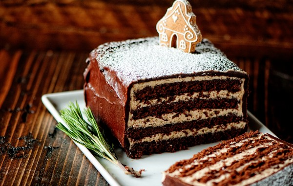 Chocolate Gingerbread Cake With Buttercream
