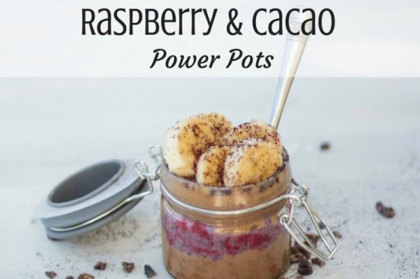 These raspberry cacao power pots are the ultimate snack, packed full of cacao, dates, banana and raspberries with superfood powers of chia and maqui.
