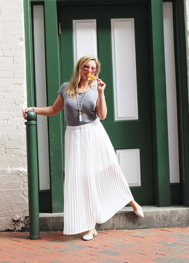 white-maxi-skirt-outfit